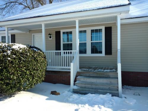 carolina-snow-porch-steps
